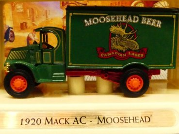 Matchbox Yesteryear Mack AC 1920 Moosehead YGB09