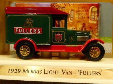 Matchbox Yesteryear Morris Light Van 1929 Fullers YGB04