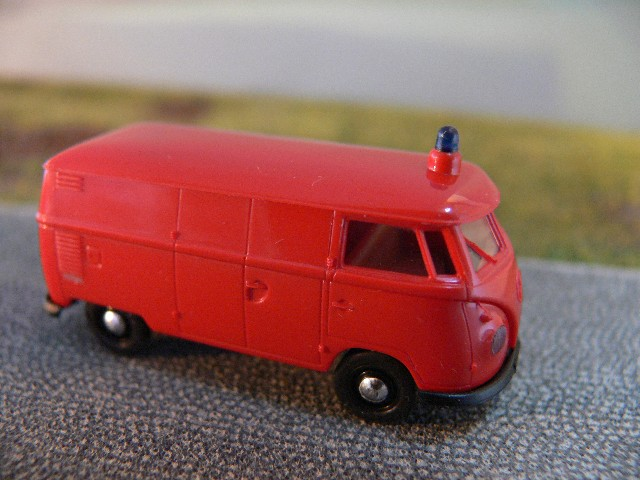 1//87 Brekina # 0579 VW T1 b Kasten Feuerwehr Total