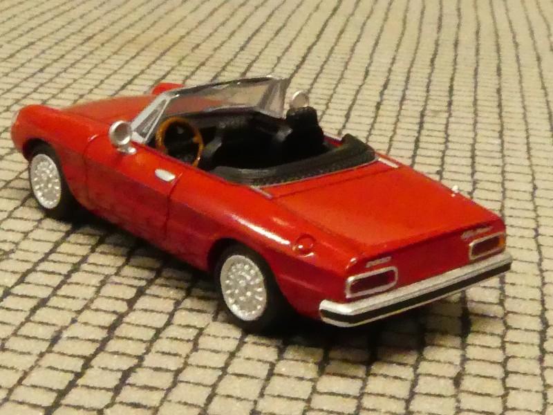 1//87 Brekina Alfa Romeo Spider Fastback rosso corso rot 29600