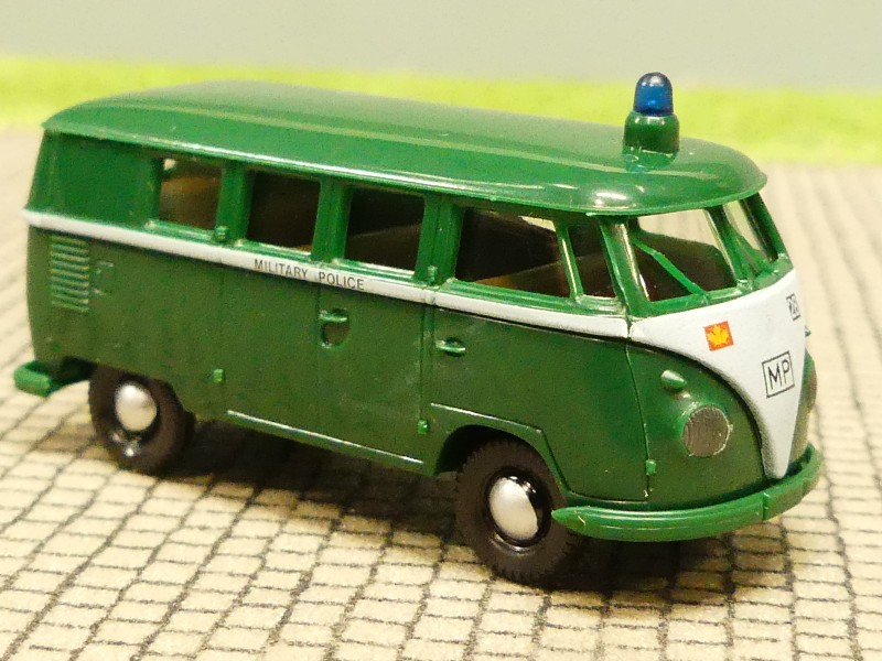 1//87 Brekina # 0382 VW T1 b Military Police Kanada Bus SONDERPREIS 6,99€