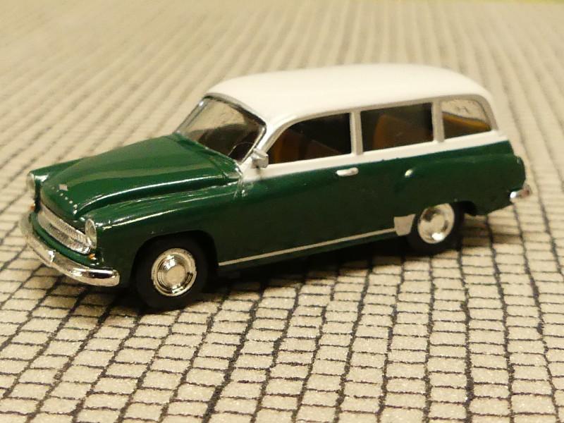 1//87 Brekina 27516 Trabant P 50 rot