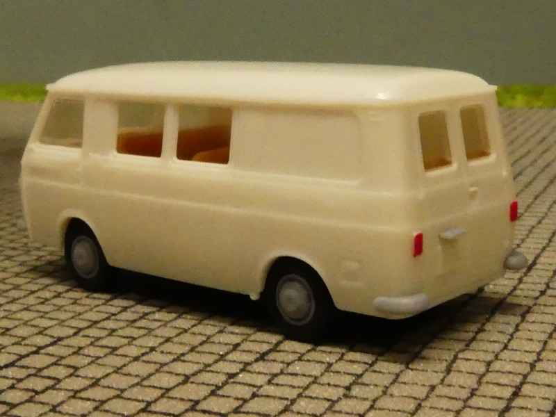 1//87 Brekina Fiat 238 Halbbus weiss Sondermodell Italien