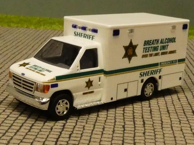 Busch 41800-1//87 Ford E-350 Sheriff Neu