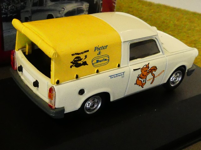 1//43 Atlas DDR Auto Kollektion Trabant 1.1 Pick-Up Pieter /& Burle 7230 038