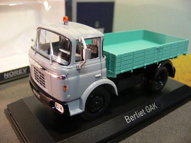 1//43 Norev Berliet GAK Bennne 1960 Pritsche grau 690000