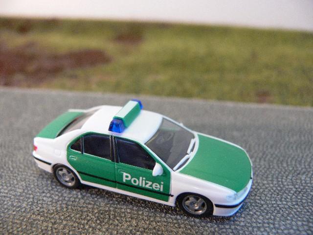 Peugeot 406 Polizei HERPA 1:87