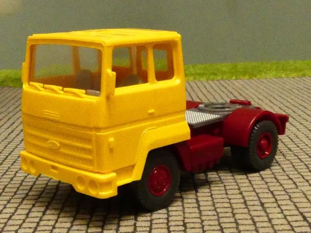 1//87 Wiking Ford Zugmaschine gelb 530ZMgelb
